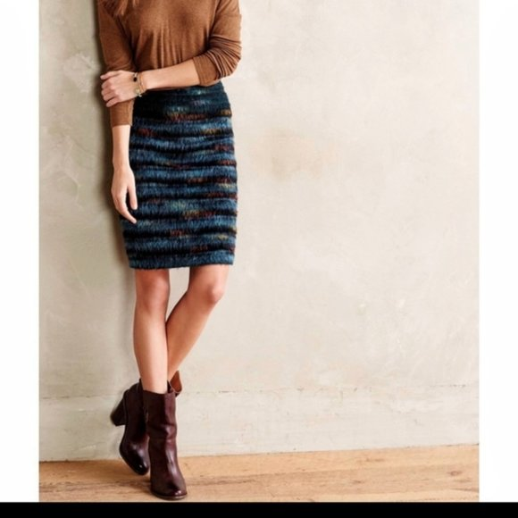 Anthropologie Dresses & Skirts - MAEVE Anthropologie Feathered Wool Pencil Skirt